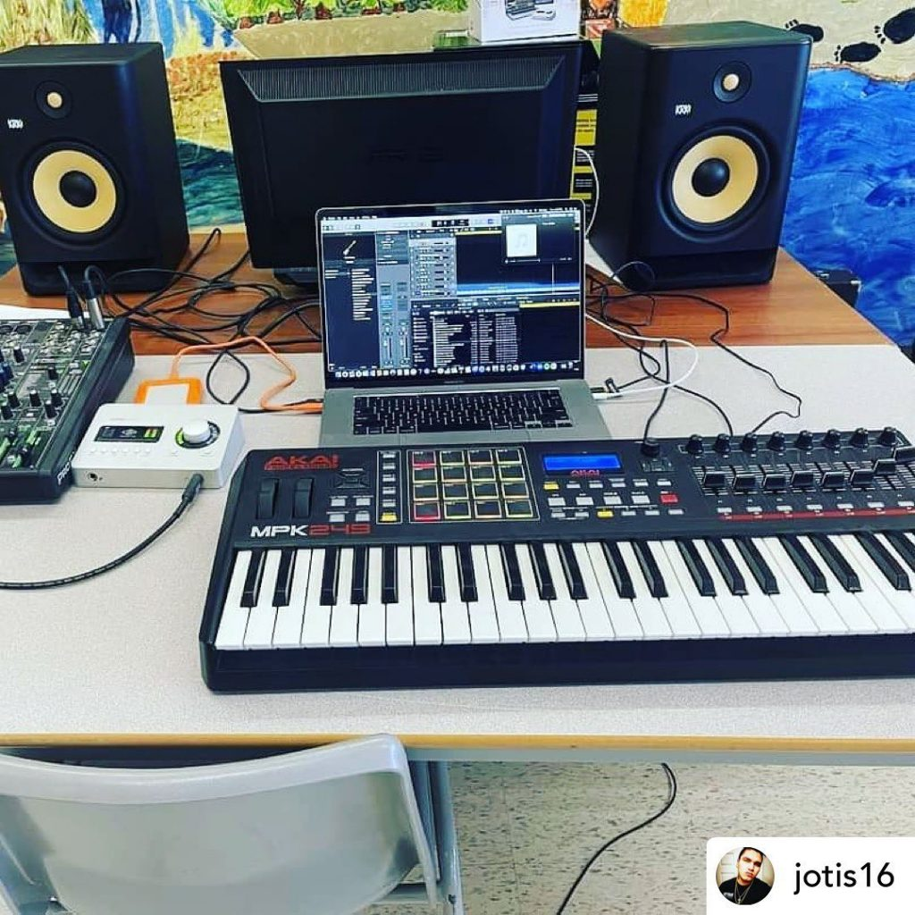 Posted @withregram • @jotis16 These upcoming workshops got me ready to jump back into engineer mode! #artscancircle #67records #indigenousyouth #fortalbany #recordingengineer #recordingartist #musicvideos